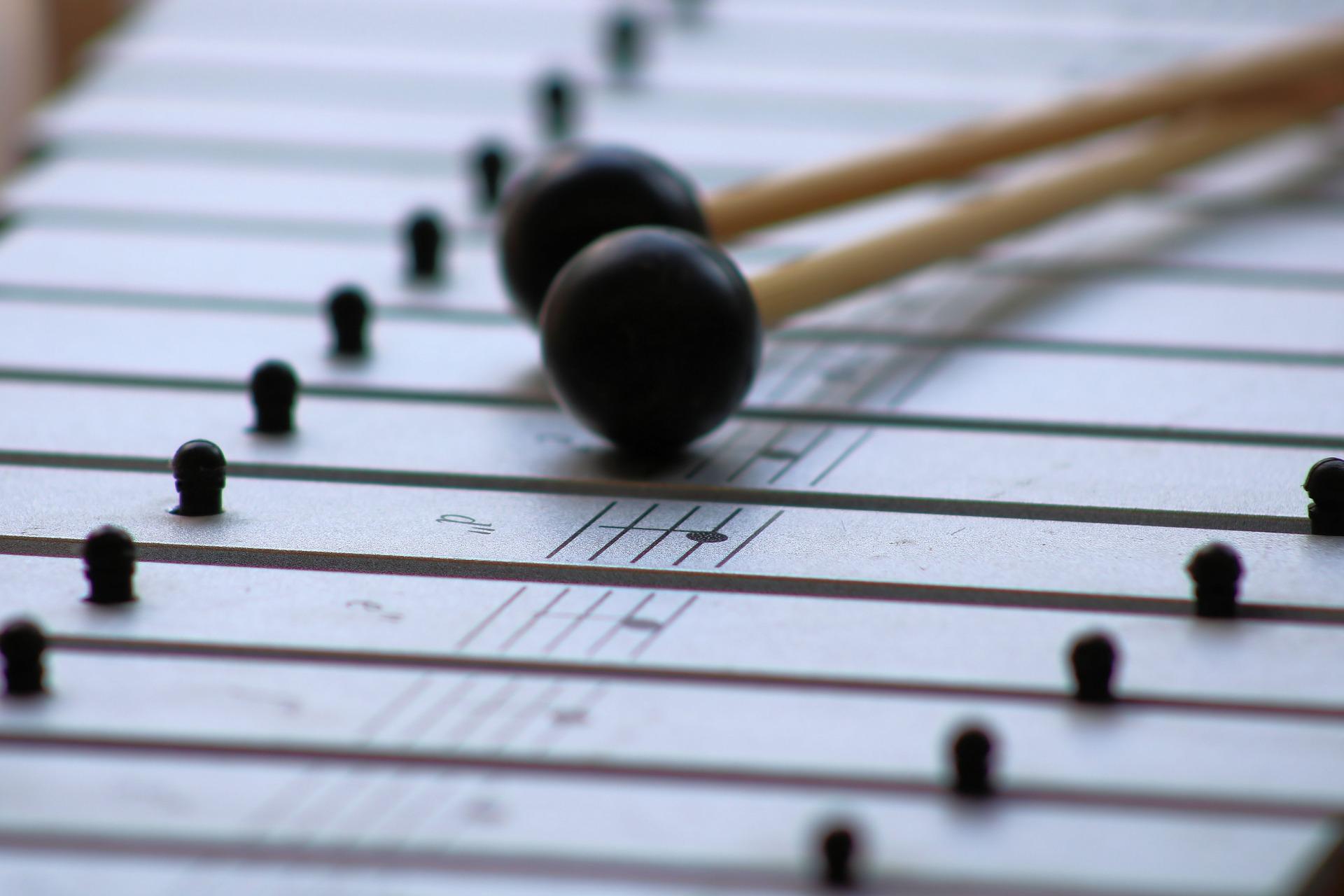 Einführung in die Handhabung der Orff Instrumente